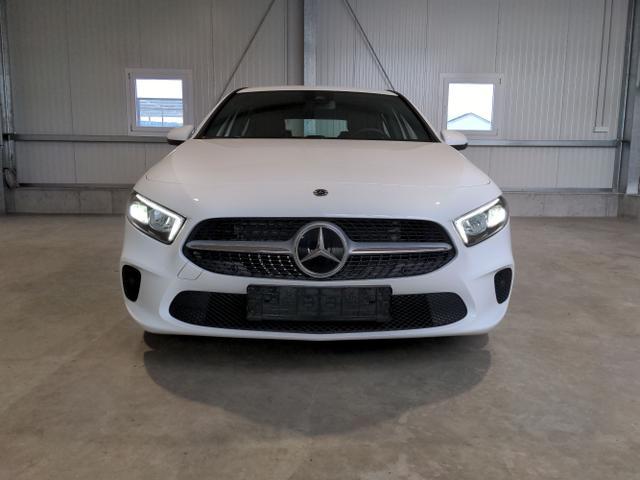 Mercedes-Benz A-Klasse - A180 Style 7G-DCT 136 PS-NaviMBUX-SHZ-Kamera-17