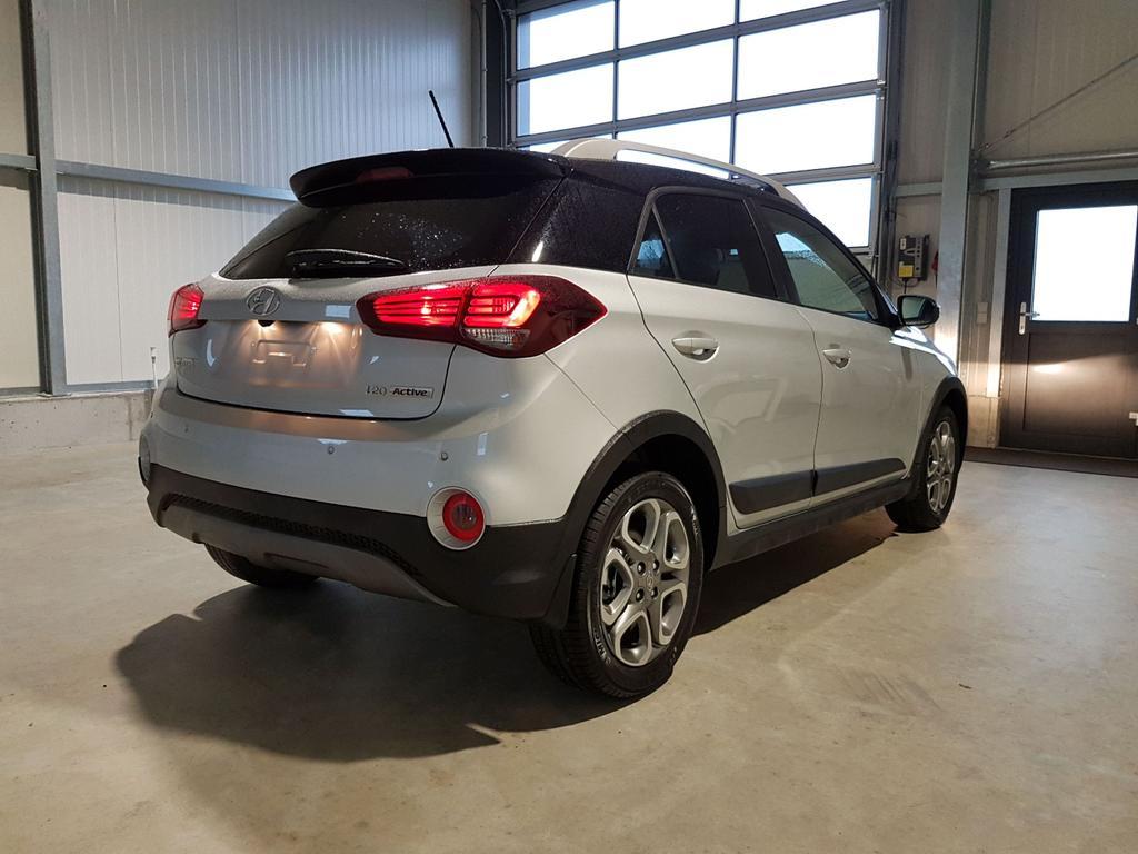 Hyundai / i20 / Weiß /  /  /