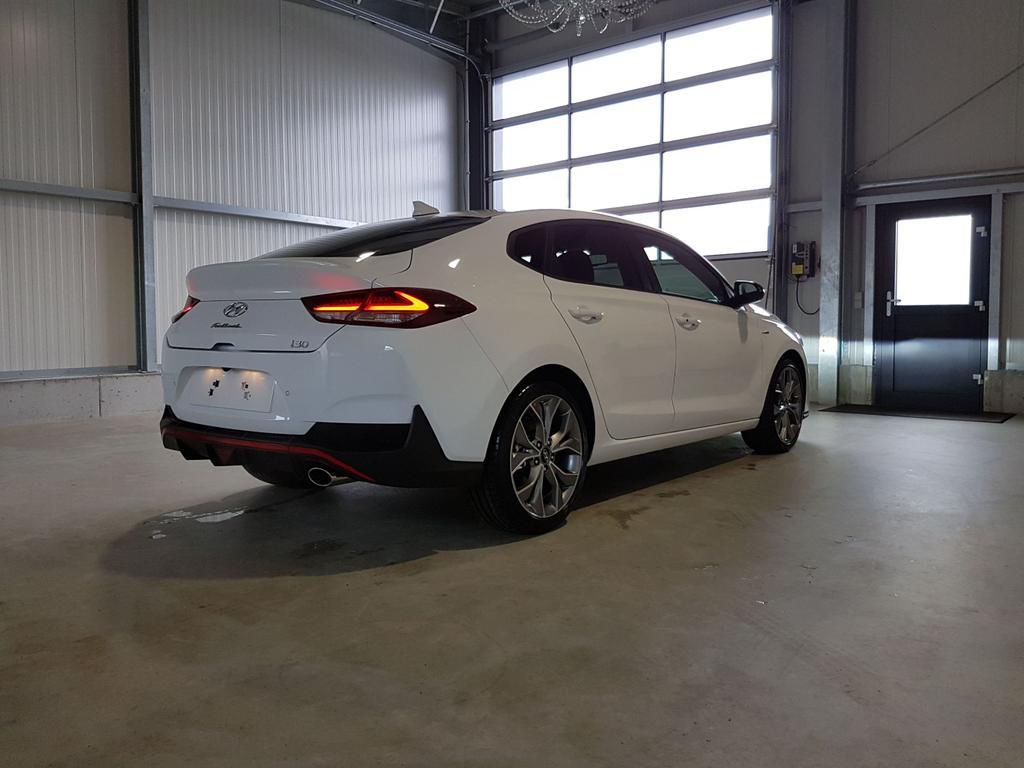 Hyundai / i30 / Weiß /  /  /