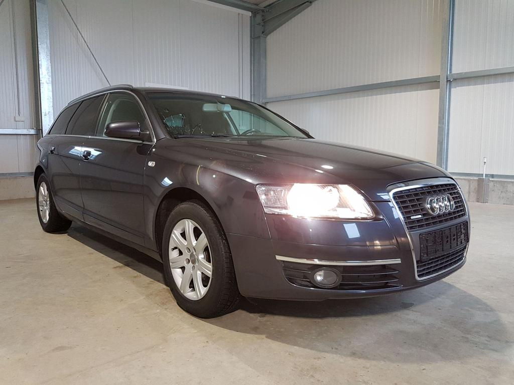 Audi / A6 Avant / Grau /  /  /