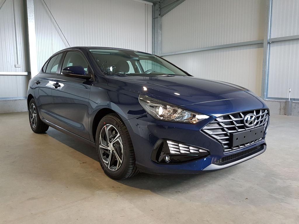 Hyundai / i30 / Blau /  /  /
