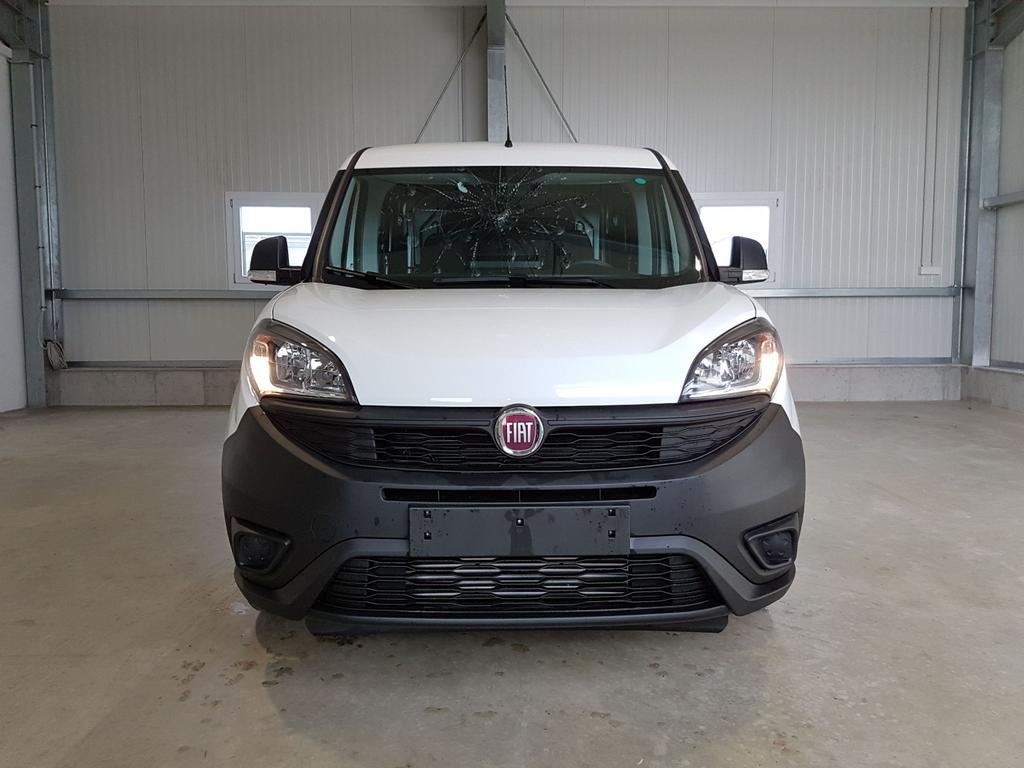 Fiat / Doblo / Weiß /  /  /