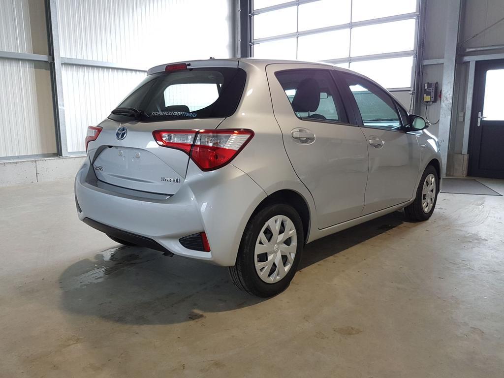Toyota / Yaris / Silber /  /  /