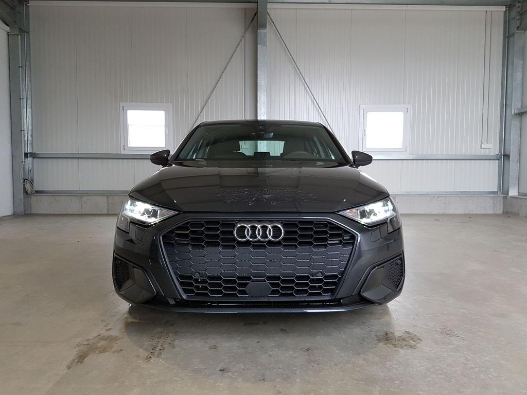 Audi / A3 Sportback / Grau /  /  /