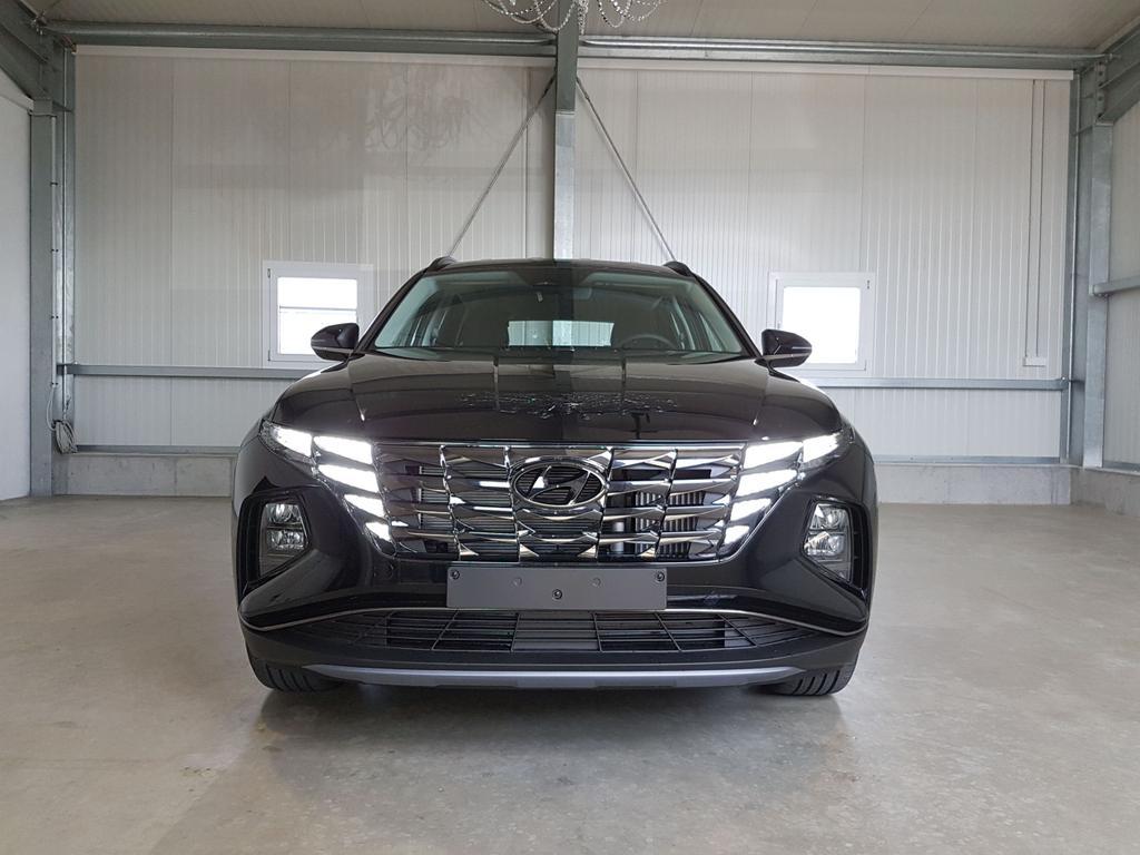 Hyundai / Tucson / Schwarz /  /  /