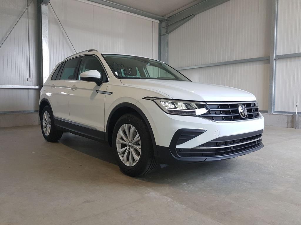 Volkswagen / Tiguan / Weiß /  /  /