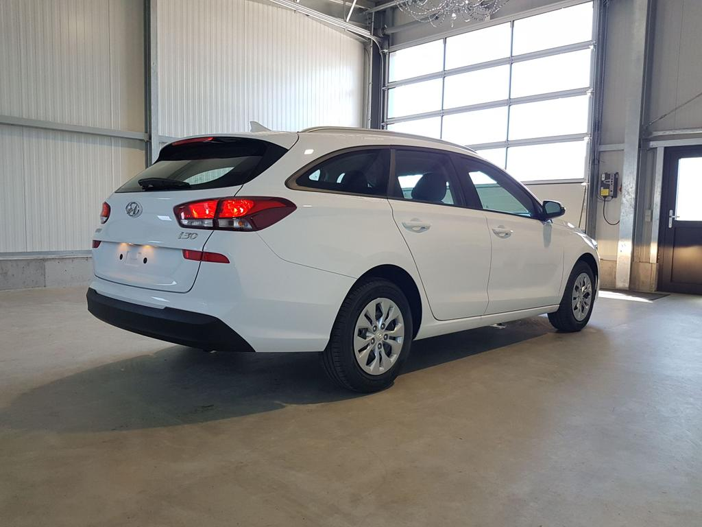 Hyundai / i30 Kombi / Weiß /  /  /