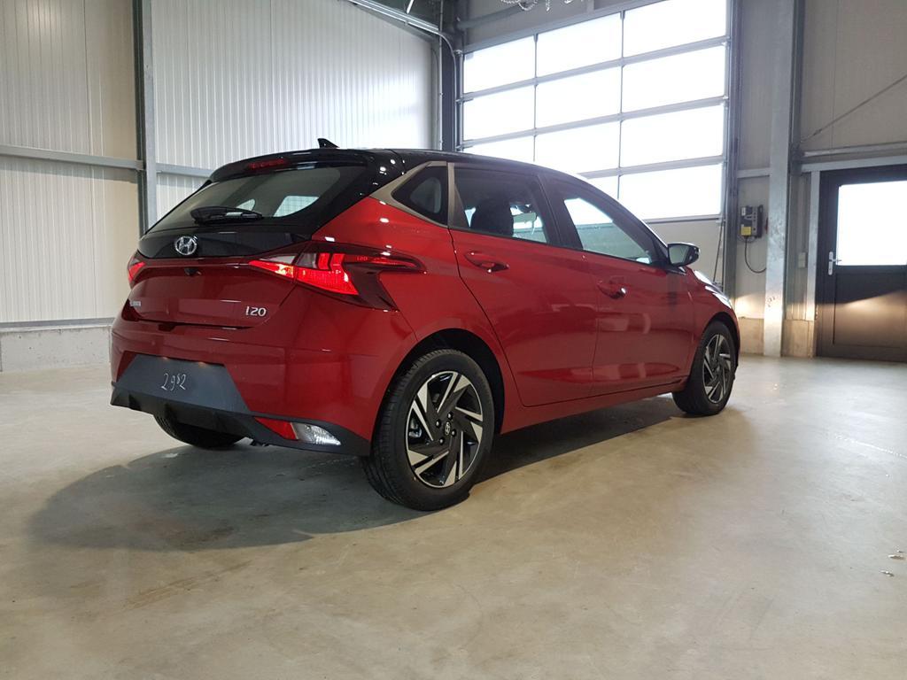 Hyundai / i20 / Rot /  /  /