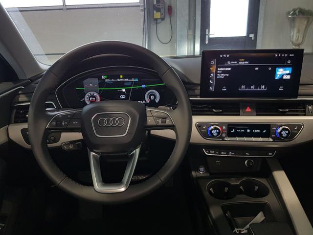 Audi / A4 Avant / Grau / / /