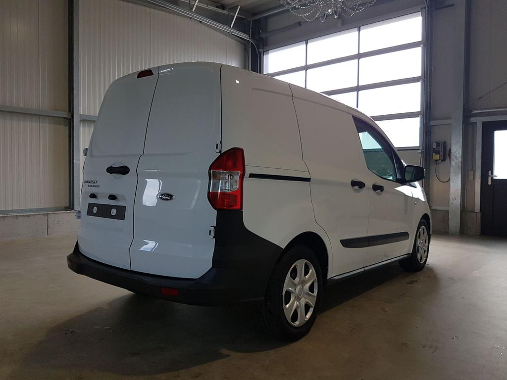 Ford / Transit Courier / Weiß /  /  /