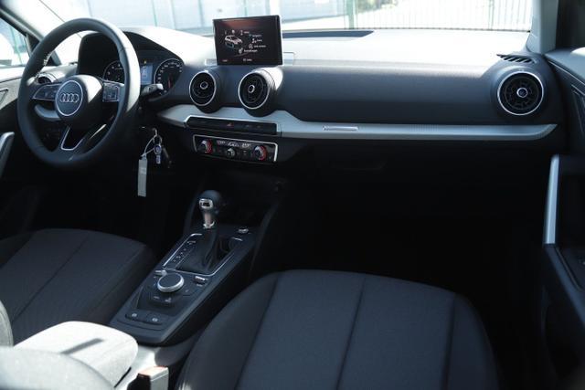 Audi Q2 35 TFSI 150 S-tronic S Line Nav PDC SHZ 17Z