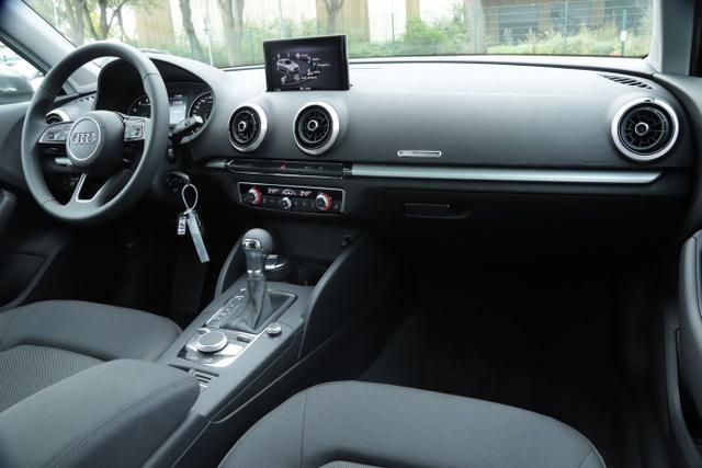 Audi A3 Sportback 35 TFSI 150 S-tronic Nav PDC SHZ