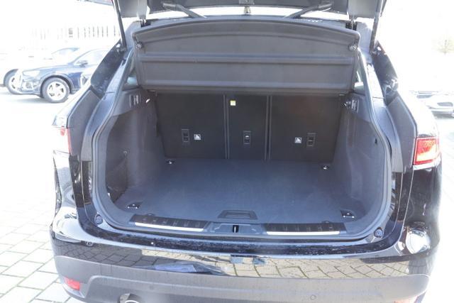 Jaguar F-Pace 25t 250 AWD Pure Aut. Nav SHZ 18Z PDC