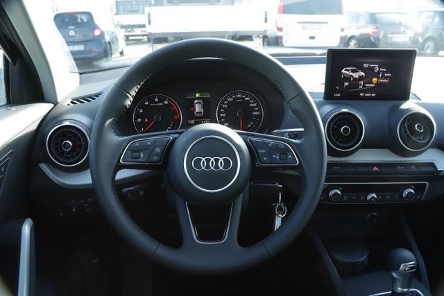 Audi Q2 35 TFSI 150 S-tronic S Line Leder Nav PDC SHZ