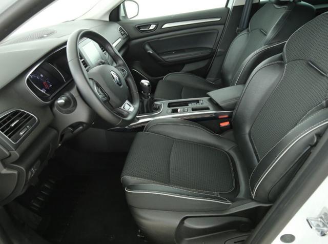 Renault Mégane Megane IV 1.3 TCe 160 BOSE EasyPark NavP SafetyP