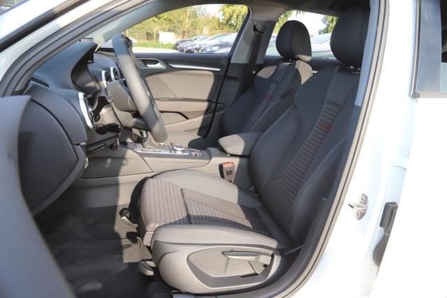 Audi A3 Sportback 35 TFSI 150 S-tronic Sport PDC SHZ