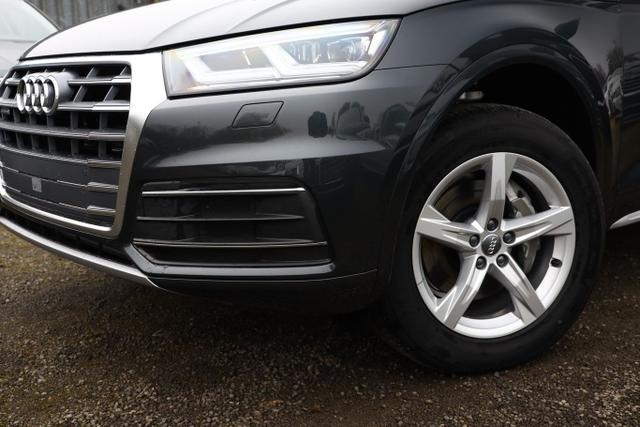 Audi Q5 45 TFSI 245 quattro S-Tronic Sport LED