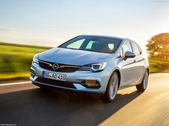 Opel Astra - 1.6 110 Dynamic PDC Klimaaut 17Z
