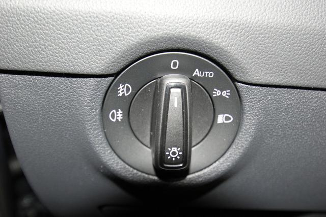 Skoda Octavia Combi 2.0 TSI DSG Style, Pano, virtual Cockpit, DAB, Navi, sofort