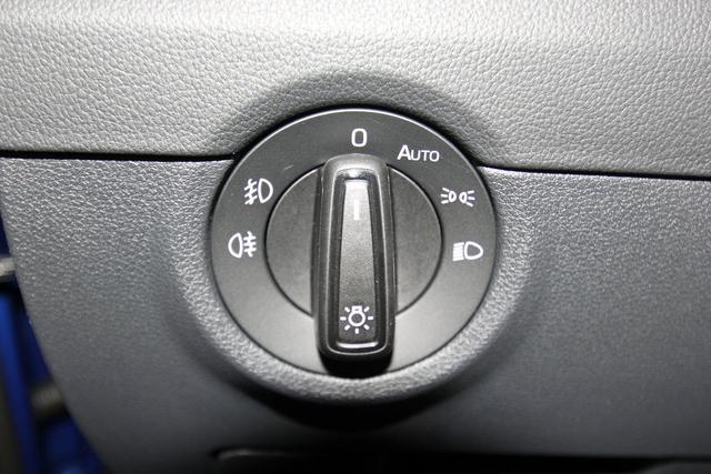 Skoda Octavia Combi 2.0 TSI DSG Style, AHK, Navi, DAB, LED