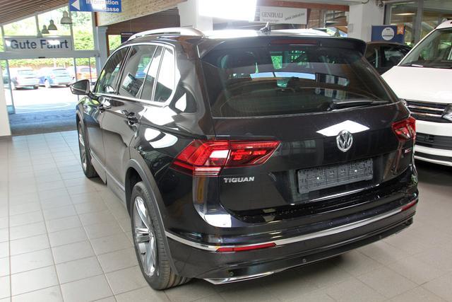 Volkswagen Tiguan - 2.0 TSI DSG 4-Motion 2x R-LINE, Pano, AHK, Kamera, sofort