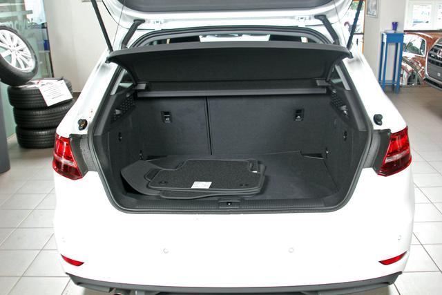 Audi A3 30 TDI Pro-Line, Xenon, Navi, Bluetooth, Sitzheizung