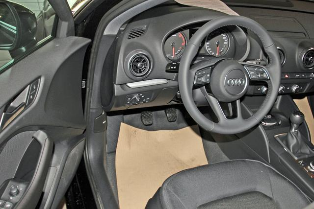 Audi A3 Sportback 30 TDI Pro-Line, Xenon, Navi, Bluetooth, Sitzheizung