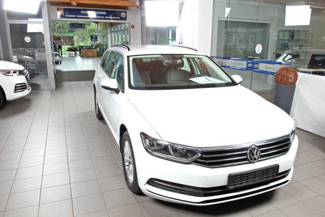 Volkswagen Passat Variant - 1.5 TSI City, LED, Navi, Winterpaket, 3 Jahre Garantie