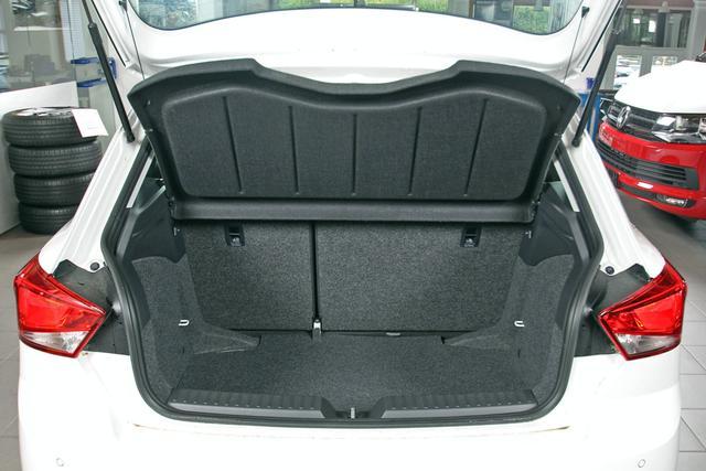 Seat Ibiza - 1.0 TSI Style, virtualCockpit, Navi, Winterpaket, Tempomat Vorlauffahrzeug