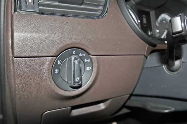 Skoda Octavia Combi 2.0 TDI DSG L&K, Columbus, LED, Canton, DAB