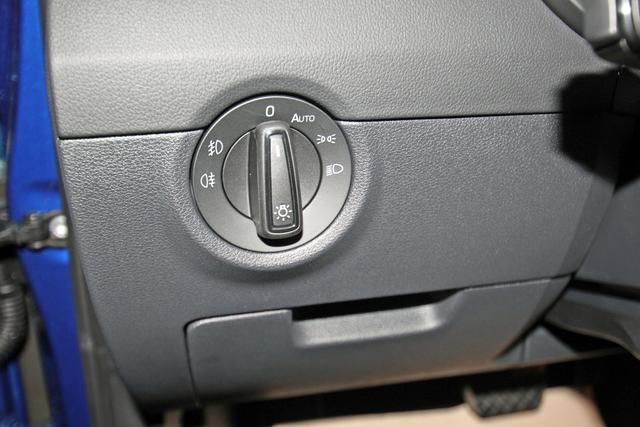 Skoda Octavia Combi 2.0 TSI DSG Style, AHK, Kamera, el. Klappe, sofort