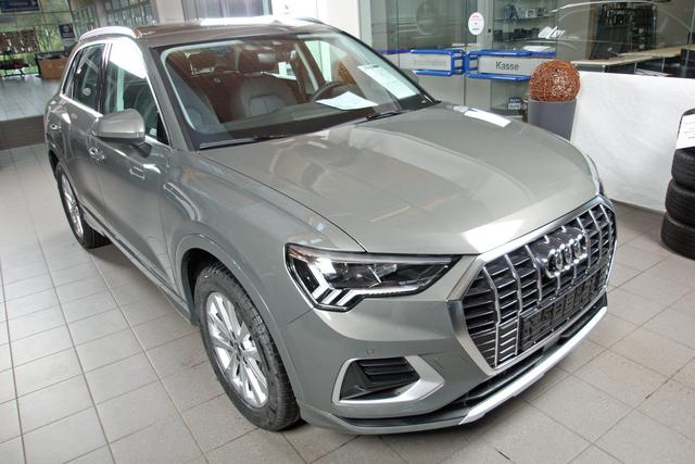 Lagerfahrzeug Audi Q3 - 35 TFSI advanced, Kamera, virtualCockpit, MMI Plus, el. Klappe, LED
