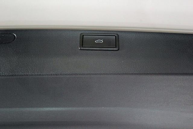 Volkswagen Multivan 6.1 T6.1 2.0 TDI DSG Highline, Kamera, Navi Pro, el. Klappe, sofort