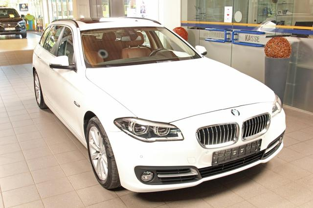 Gebrauchtfahrzeug BMW 5er Touring - 530d xDrive Automatik, LED, Navi, Pano, Leder braun, AHK