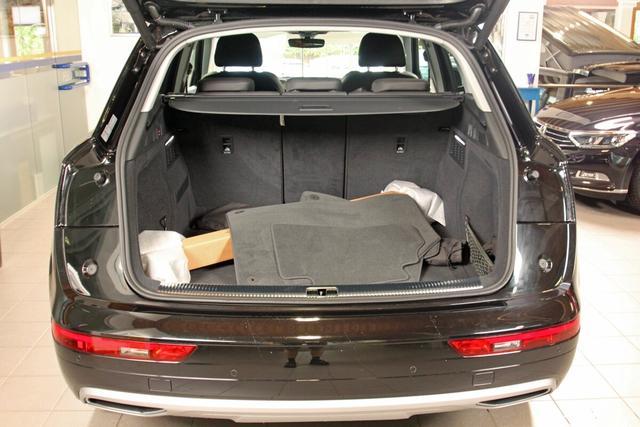 Audi Q5 sport 40 TDI quattro S-Tronic, AHK, Kamera, DAB, Navi, sofort