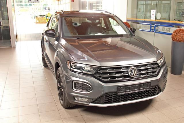 Volkswagen T-Roc - Sport 2.0 TSI DSG 4-Motion, Black Style,Pano,Kamera, 18-Zoll schwarz Vorlauffahrzeug