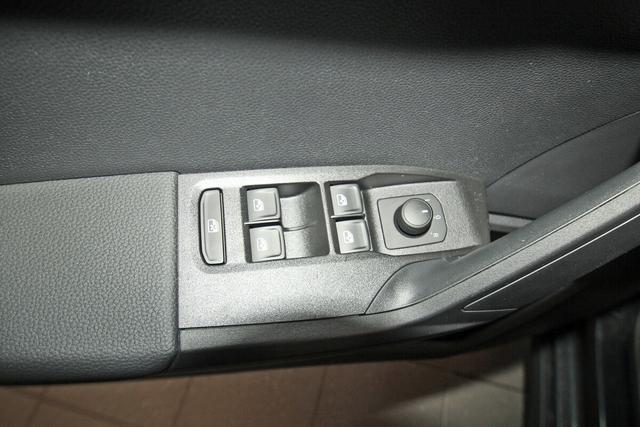 Seat Arona 1.0 TSI Style, LED, Bluetooth, FullLink, Winterpaket, 16-Zoll