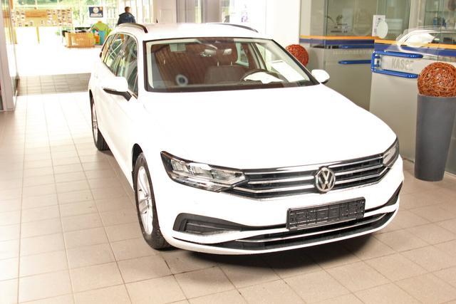 Volkswagen Passat Variant - 2.0 TDI DSG Business, LED, Navi, ACC, LightAssist, 17-Zoll Vorlauffahrzeug