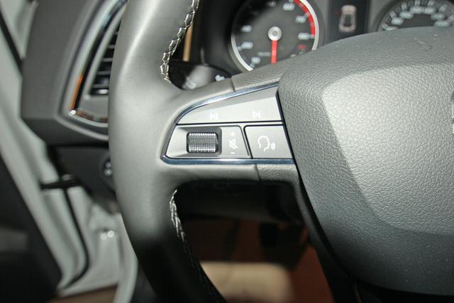 Seat Ateca 1.0 TSI Style, Kamera, ACC, Navi, Sitzheizung, Fahrassistenz-Paket II