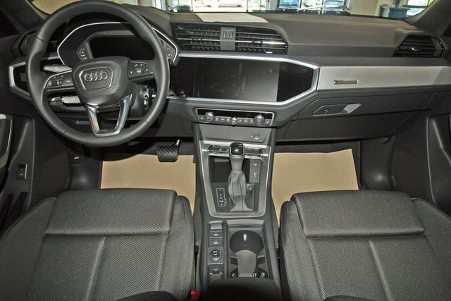 Audi Q3 35 TFSI S-Tronic advanced, LED, Navi Plus, Volllackierung