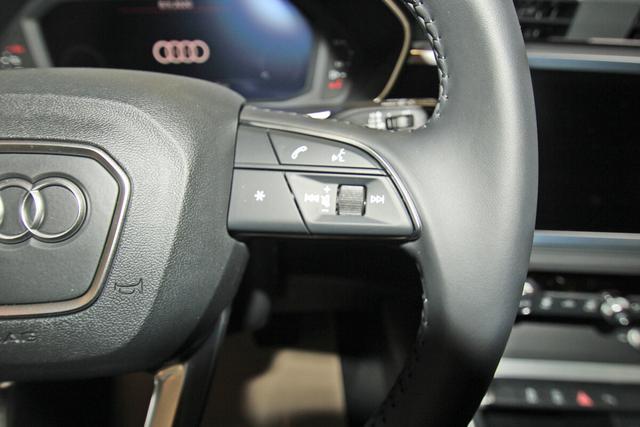 Audi Q3 40 TDI quattro S-Tronic advanced, AHK, LED, Kamera, MMI Plus