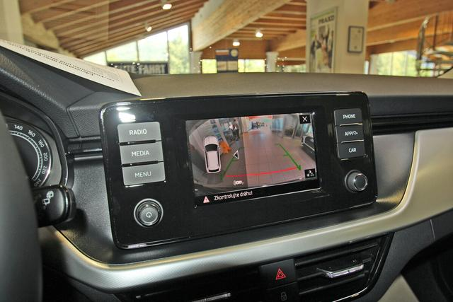 Skoda Kamiq 1.0 TSI Ambition, Kamera, DAB, 16-Zoll, 5 Jahre Garantie, Sitzheizung