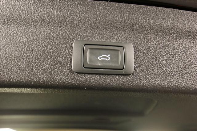 Audi A6 Avant 45 TDI Quattro S-tronic Sport , Pano, Leder, magnetic, AHK, Kamera