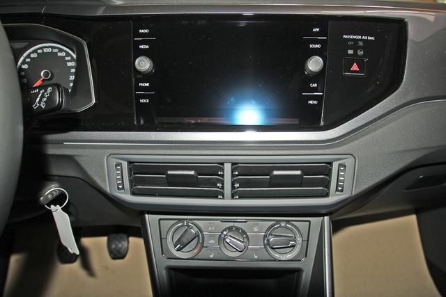 Volkswagen Polo 1.0 TSI Highline, AppConnect, Sitzheizung, Parkpilot