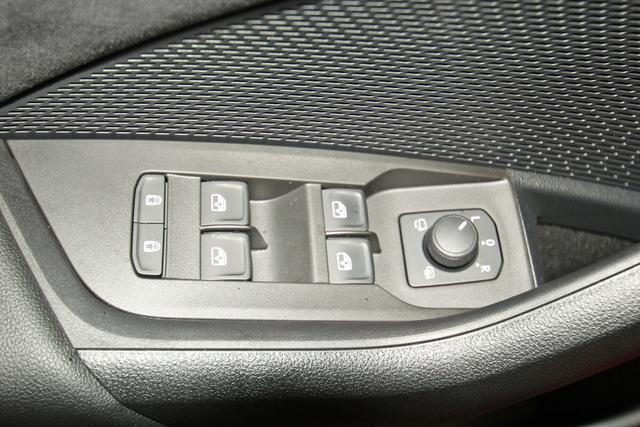 Skoda Octavia Combi IV 2.0 TSI DSG RS, Vollausstattung