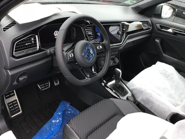 Volkswagen T-Roc - R 2.0 TSI DSG 4-Motion, SideAssist, Kamera, 19-Zoll, Keyless, Navi