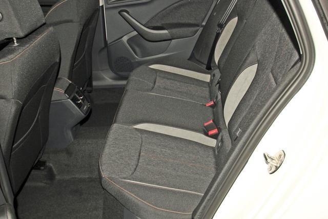 Skoda Kamiq 1.0 TSI Style, Voll-LED, 5 Jahre Garantie, KESSY, Sitzheizung