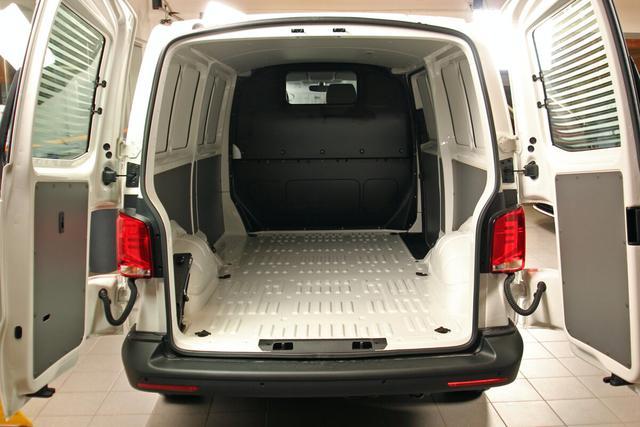 Volkswagen Transporter 6.1 Kastenwagen - T6.1 2.0 TDI DSG 4-Mot. Kasten LR, Heckflügel, 3 Tonnen Vorlauffahrzeug