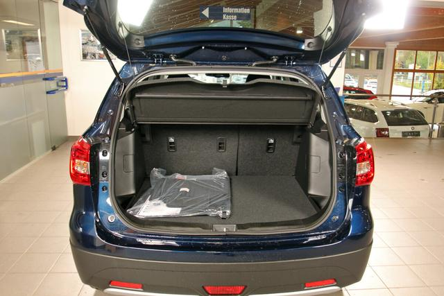 Suzuki SX4 S-Cross 1.4 BOOSTERJET HYBRID, Allgrip, LED, Navi, ACC, Sitzh.