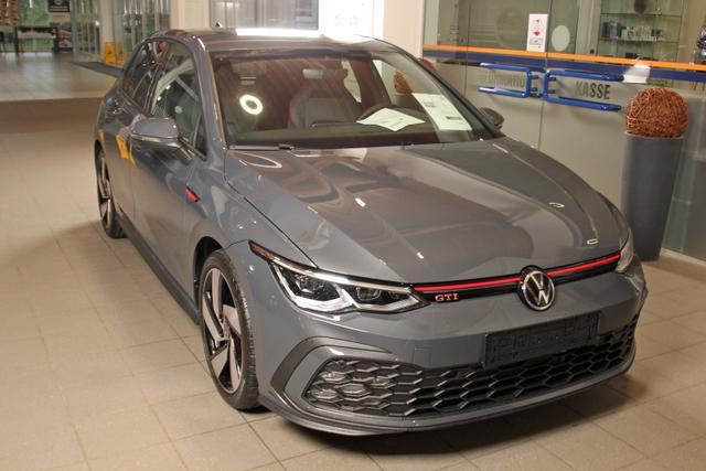 Volkswagen Golf - VIII 2.0 TSI DSG, Kamera, SideAssist, Business Premium Vorlauffahrzeug